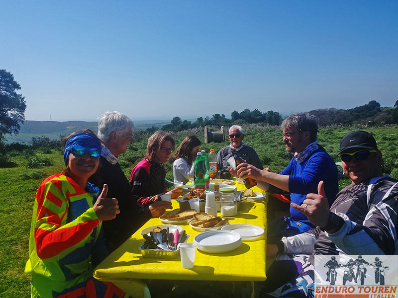 Individuelle Enduro Touren inklusive Offroadtrainig in Italien
